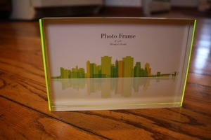 4 x 6 acrylic photo frame
