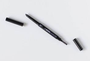 MODEL LAUNCHER Brow Duo Pencil