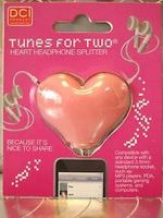 Tunes for Two Pink headphone splitter
