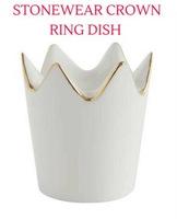 Stonewear crown ring holder