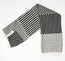 Minka Inhouse Handmade Geometric Reversible Throw Blanket (Black)