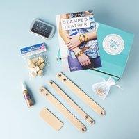 Complete leather bracelet kit