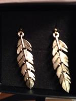 Cate & Chloe Feather Earrings