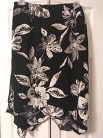 black and white skirt SZ 1X
