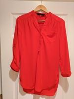 Fun2Fun red top, size small