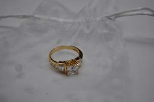 Alta Vintage Sterling Silver Gold Plated Princess Cut Ring - Size 9
