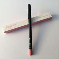 Laritzy Lip Pencil in Bare