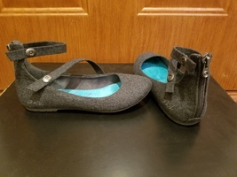 Blowfish grey flannel flats w/ankle strap