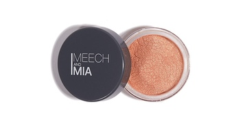 Meech and Mia Beige mineral eyeshadow