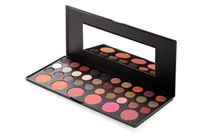 bh cosmetics Jenni Rivera Palette
