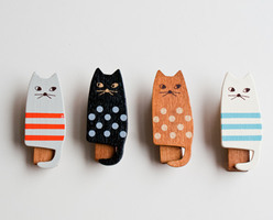 Set of 4 Cat Clips