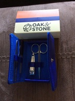 Oak and stone men's manicure set