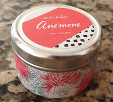 ILLUME Go Be Lovely  Candle ANEMONE