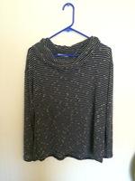 Le Lis Cowl neck sweater