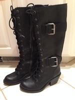 Rocket Dog Black Lace Up Boots -- size 7