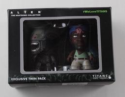 Exclusive Aliens Titan 2 Pack Figures