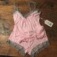Per Lei Lily Cami & Shorts Set in Softest Pink