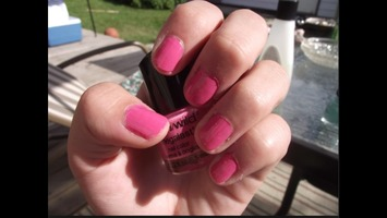 Wet N Wild nail polish in Candy-licious
