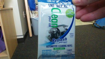 Refresh Your Car: Automotive Cleaning WIpes