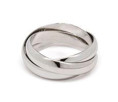 """Cate & Chloe Zoe """"Life"""" Interlocking Ring"""