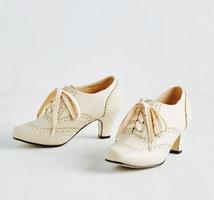 """Graham Street Shoe Co. Granny booties """"Dance instead of walking"""" Sz 8"""