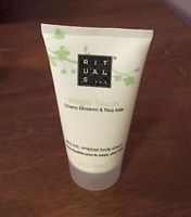 RITUALS Magic Touch Ultra rich, whipped body creme