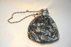 JewelMint vintage clutch from PopSugar Luxury Edition
