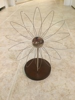 Metal Flower Picture Holder