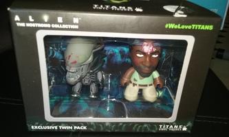 Alien The Nostromo Collection Titans Vinyl Figures