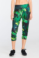 Fabletics YOGI Capri rainforest print XL