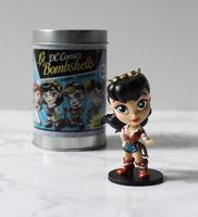 DC Bombshells Wonder Woman Exclusive Metallic Figure