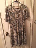 NWOT Teemplo Dress in Medium