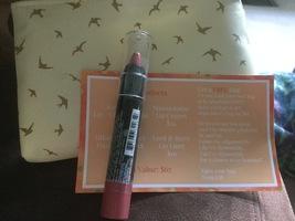 Manna Kadar Liplocked Priming Crayon