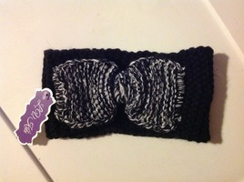 L.V. Kiki knit head wrap