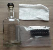 Bespoke Post 'Aged' Liquor Aging Kit