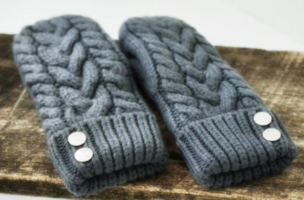 CherryT Knit & Co Handmade Cable Knit Mittens