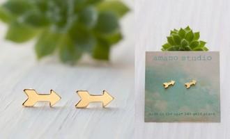 Tiny Gold Arrow Stud Earrings