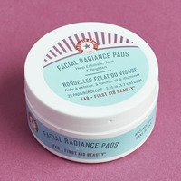 First Aid Beauty Facial radiance Pads Full Size