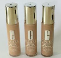 Clinique Beyond Perfecting foundation mini
