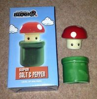Nintendo Salt & Pepper Shakers