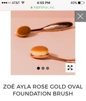 Zoe Ayla rose gold oval foundation brush