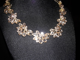 Bijoux Box Adjustable Jewel Collar Necklace - White Stone Floral Blossoms