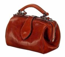 Ms. Doctor Bag in Cognac