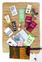 LuckyVitamin Beauty Bag – Winter 2018 Collection - Full Bag