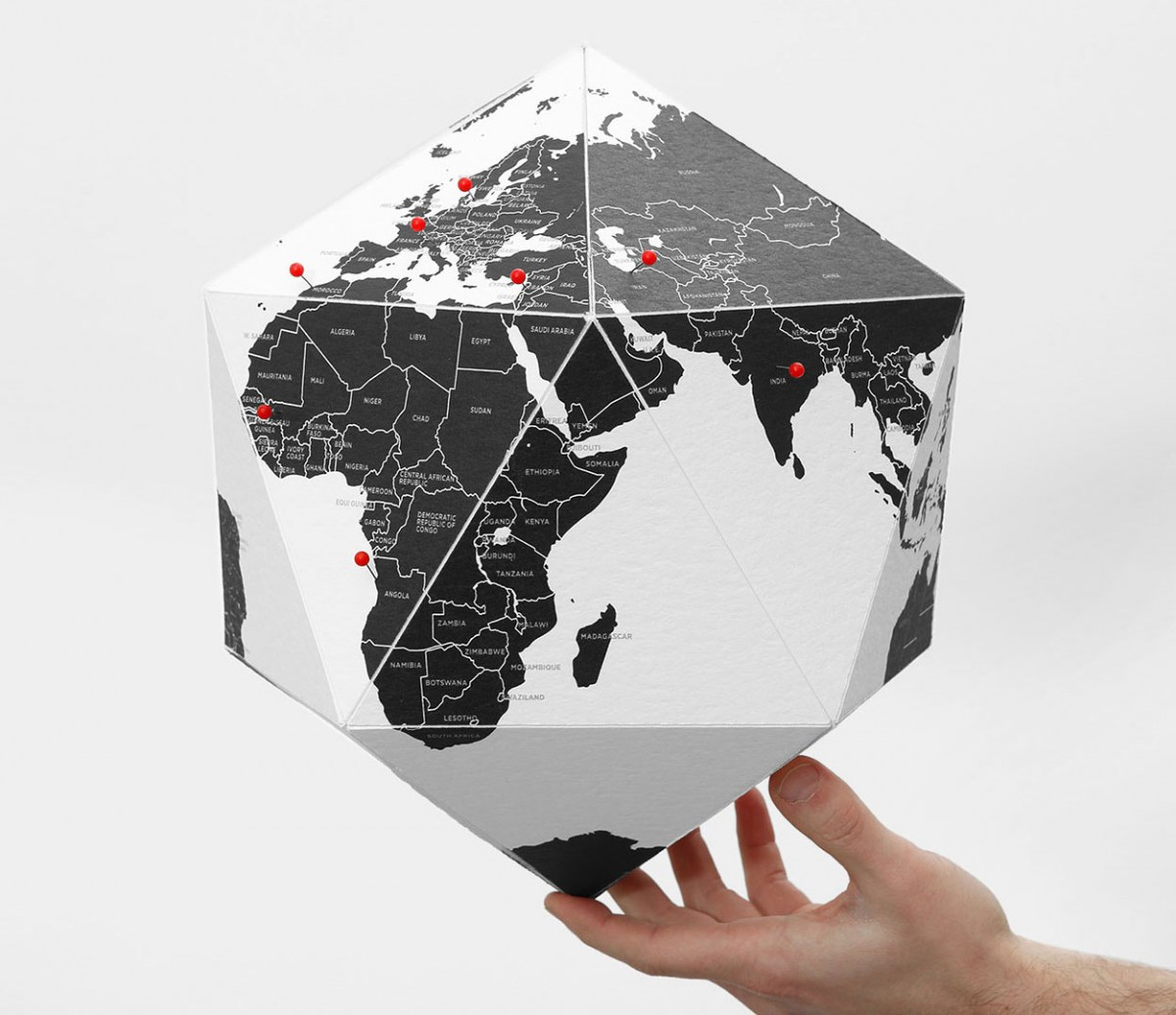 Here Personal Globe by Palomar