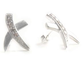 """""""Lynne"""" Pretty Crisscross earrings"""