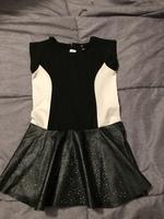 Girls' dress size 5/6