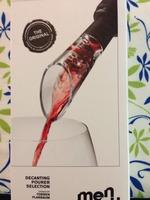 Spout wine decanter
