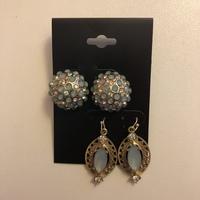 Earrings 2 Pair