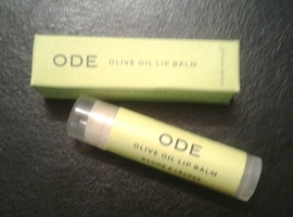 Ode Natural Beauty olive oil lip balm